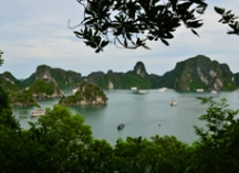 Luxury and boutique hotels, luxury cruises in  Halong Vietnam.